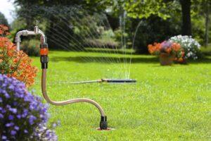 Сколько метров бурить скважину до появления воды в ней?